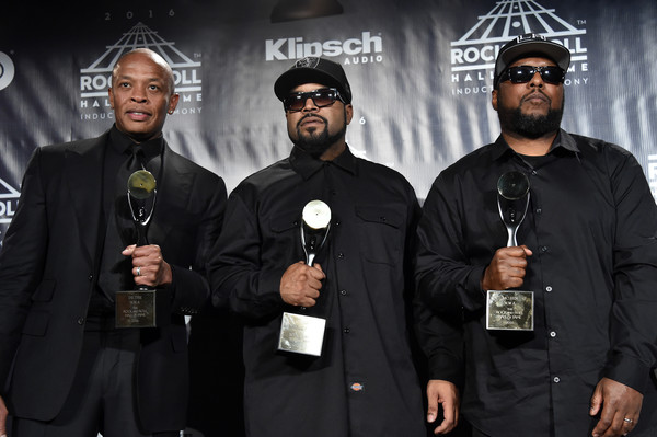 dr dre and mc ren photos photos 31st annual rock and roll hall of