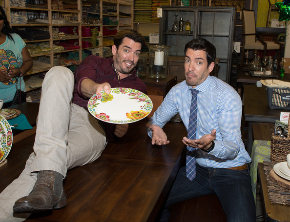 Drew Scott Pictures Cost Plus World Market Celebrates With Jonathan D