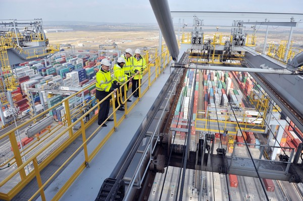 The Duke of Cambridge and Lord Hague Visit London Gateway