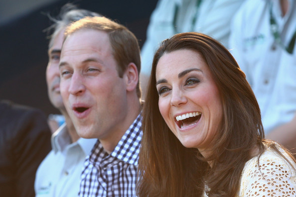 Prince William, Duke of Cambridge and Catherine, Duchess of Cambridge watch the Bird Show at Taronga Zoo on April 20, 2014 in Sydney, Australia. The Duke and Duchess of Cambridge are on a three-week tour of Australia and New Zealand, the first official trip overseas with their son, Prince George of Cambridge.