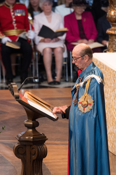 HM Queen Attends A Service Marking The Most Distinguished Order Of St George [event,deacon,ceremony,tradition,priesthood,performance,cope,ritual,presbyter,middle ages,prince edward,elizabeth ii,queen,service,commemoration,service,dedication,attends a service marking the most distinguished order of st george,hm,anniversary]