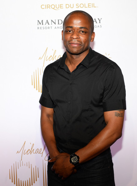 how tall is dule hill