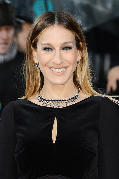 Sarah Jessica Parker attends the EE British Academy Film Awards at The Royal Opera House on February 10, 2013 in London, England.