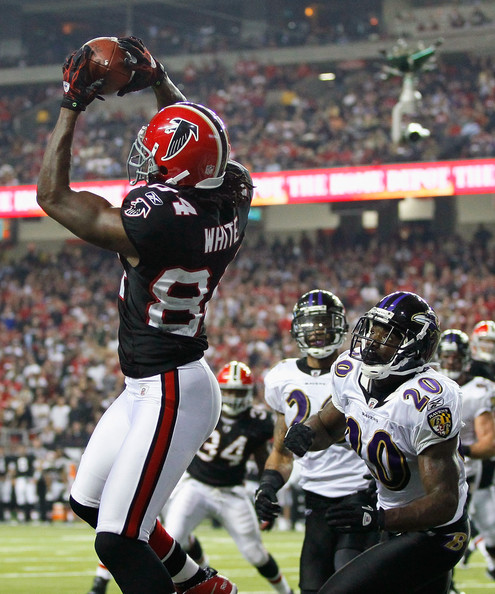 Roddy White and Ed Reed - Baltimore Ravens v Atlanta Falcons