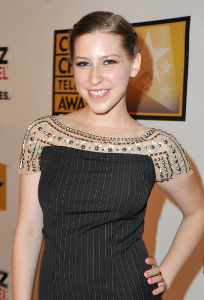 Sue Heck Actress http://www.zimbio.com/pictures/rkgcHT2hD19/Critics+Choice+Television+Awards+Red+Carpet/MN1kJRiY1DS/Eden+Sher