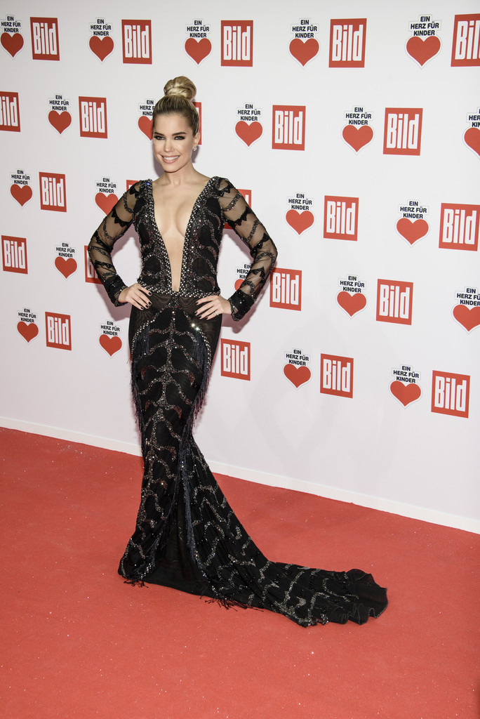 sylvie meis photos photos ein herz fuer kinder gala 2016 red carpet arrivals zimbio. Black Bedroom Furniture Sets. Home Design Ideas