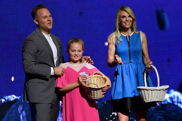 Elisabeth Hasselbeck 4th Annual KLOVE Fan Awards At The Grand Ole Opry House - Show