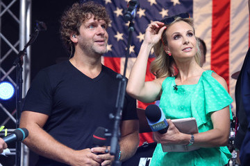 Elisabeth Hasselbeck Billy Currington Performs at the 'FOX & Friends' All American Concert Series