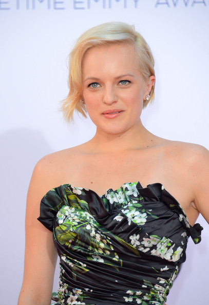 Elisabeth Moss - 64th Annual Primetime Emmy Awards - Arrivals