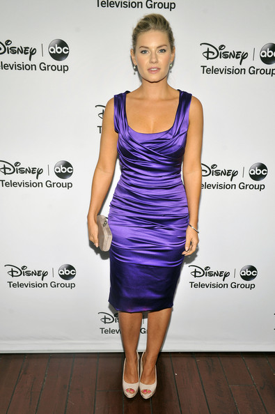 "Elisha Cuthbert - Disney ABC Television Group's ""2013 Winter TCA Tour"" Red Carpet Event - Arrivals"