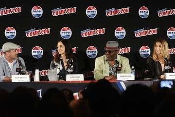 Eliza Dushku New York Comic-Con 2015 - Day 1