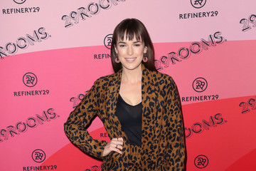 Elizabeth Henstridge Refinery29's 29Rooms Los Angeles 2018: Expand Your Reality - Arrivals