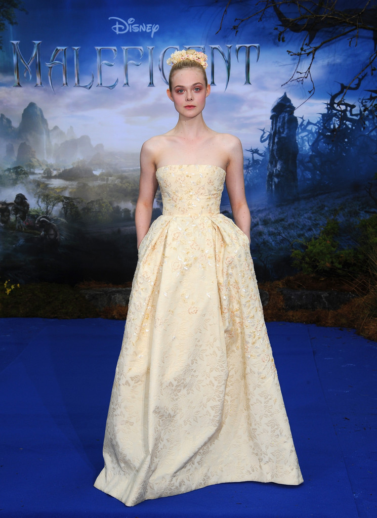 Come See Elle Fanning's Real-Life Princess Beauty Look