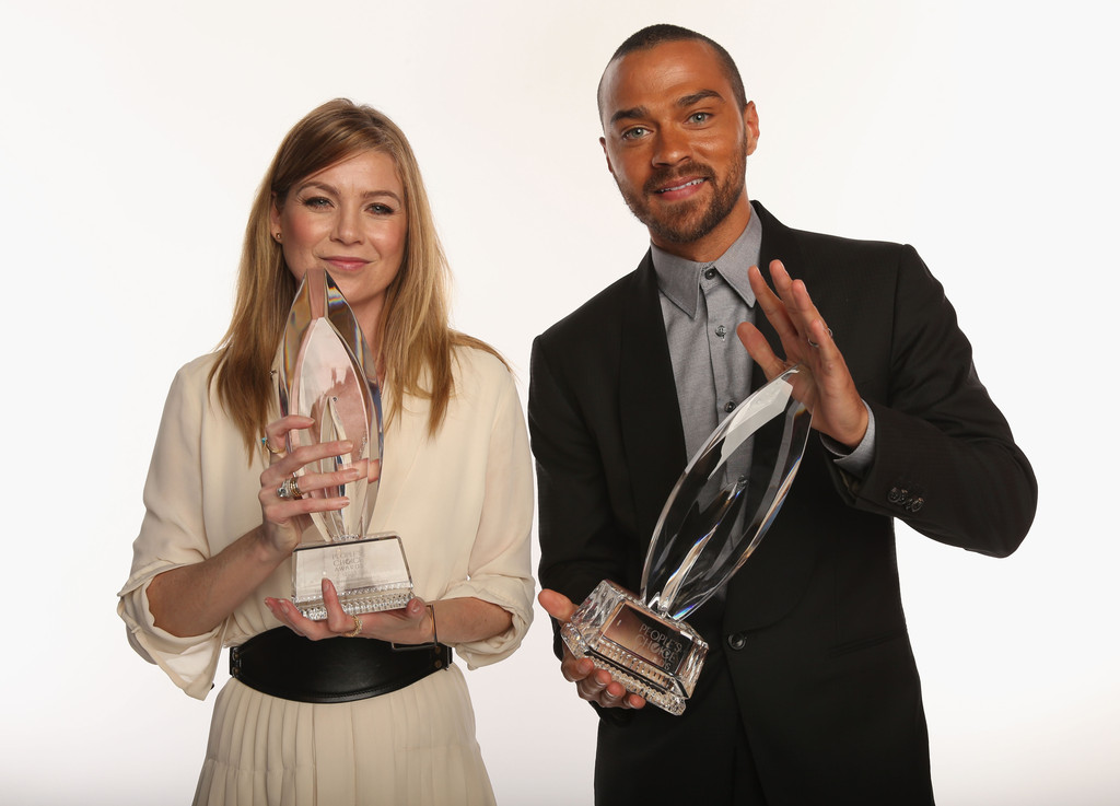http://www1.pictures.zimbio.com/gi/Ellen+Pompeo+Jesse+Williams+39th+Annual+People+92NhLkIuywYx.jpg