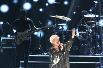 Emeli Sande Celebs Come Together at WE Day California to Celebrate Young People Changing the World