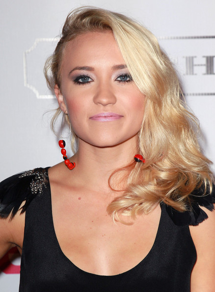 Emily Osment Actress Emily Osment attends the 9th annual Teen Vogue's Young Hollywood party at Paramount Studios on September 23, 2011 in Los Angeles, California.