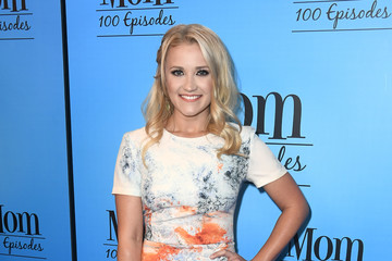 Emily Osment CBS And Warner Bros. Television's 'Mom' Celebrates 100 Episodes - Arrivals