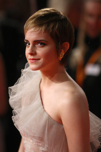 emma watson haircut pictures. tattoo tattoo Emma Watson Hairstyle emma watson haircut 2011.