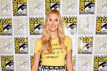 Emma Ishta Comic-Con International 2017 - Freeform Press Line For 'Stitchers' And 'Shadowhunters'