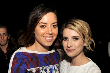 Photo of Aubrey Plaza & her friend celebrity  Emma Roberts  -