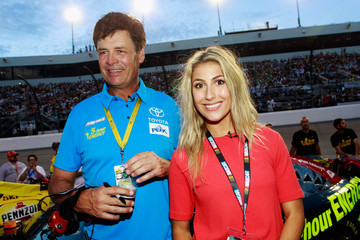 Emma Slater Federated Auto Parts 400