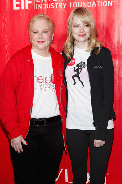 Photo of Emma Stone & her Mother  Krista Stone