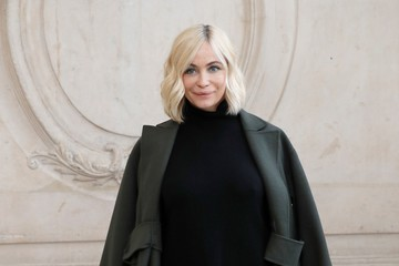 Emmanuelle Beart Christian Dior : Outside Arrivals  - Paris Fashion Week Womenswear Spring/Summer 2018