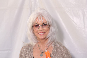 emmylou harris love hurts