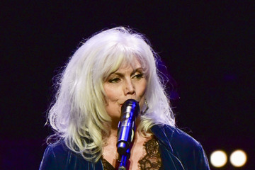 Emmylou Harris JONI 75: A Birthday Celebration Live At The Dorothy Chandler Pavilion - Inside