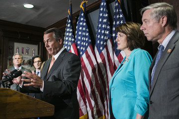Eric Cantor Cathy McMorris Rodgers House Republication Conference Holds Weekly Meeting