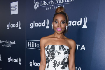 Erica Ash 28th Annual GLAAD Media Awards in LA - Red Carpet & Cocktails