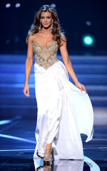 Erin Brady (beauty queen) Photos Photos - The 2013 Miss USA Pageant ...