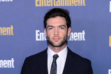 Ethan Peck Entertainment Weekly Celebrates Screen Actors Guild Award Nominees at Chateau Marmont - Arrivals