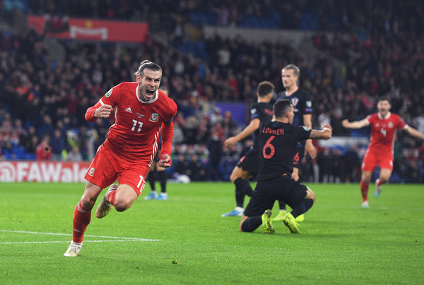 Wales : Gareth Bale photo embedded from zimbio