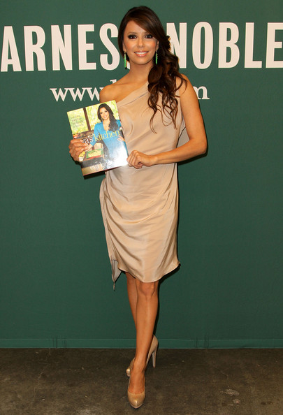 "Eva Longoria in Eva Longoria Book Signing For ""Eva s"