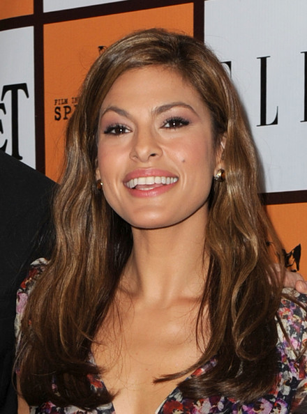 Eva Mendes - Wallpaper Actress