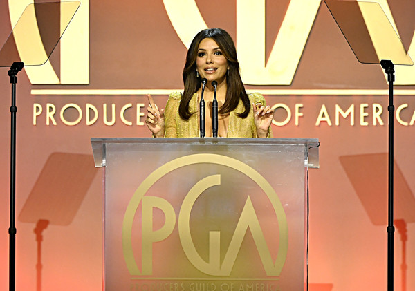 31st Annual Producers Guild Awards - Inside [speech,talent show,spokesperson,font,event,public speaking,orator,brand,advertising,eva mendes,hollywood palladium,los angeles,california,annual producers guild awards,caitriona balfe,hollywood palladium,producers guild of america award,1917,producers guild of america,screen actors guild awards,sag-aftra,film producer,academy award for best picture]