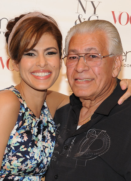 Photo of Eva Mendes & her Father  Juan Carlos Mendez