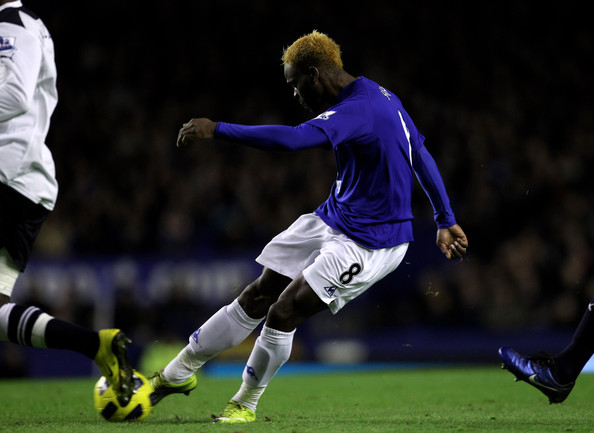Louis Saha of Everton scores the opening goal during the Barclays Premier League match between Everton and Tottenham Hotspur at Goodison Park on January 5, 2011 in Liverpool, England.