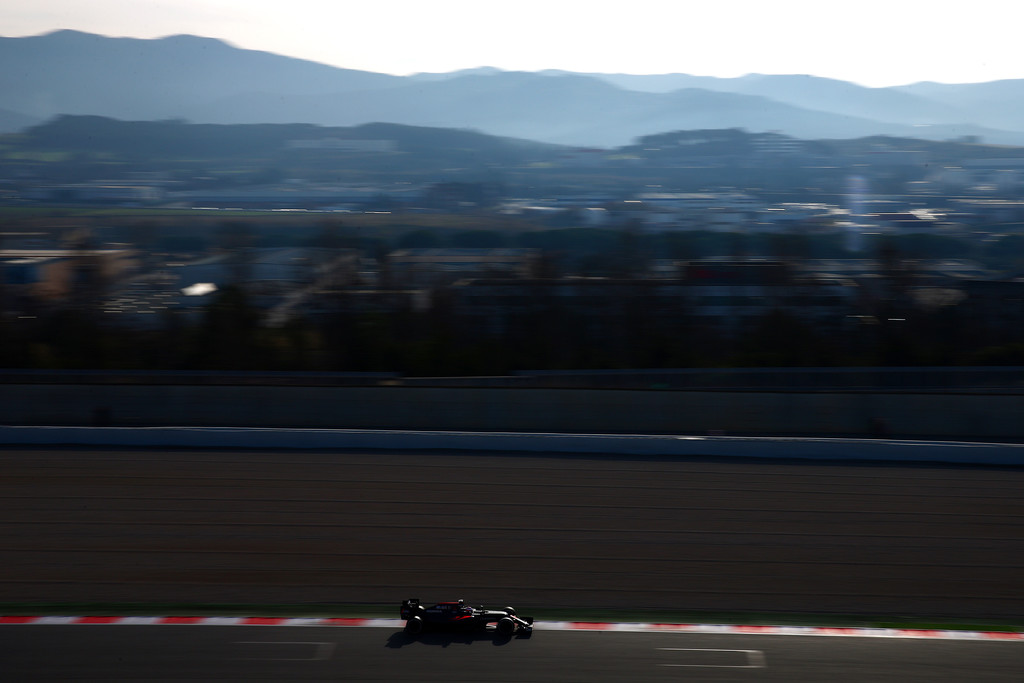 [Imagen: F1+Testing+Barcelona+Day+Three+W3GD-kfUb8Ex.jpg]