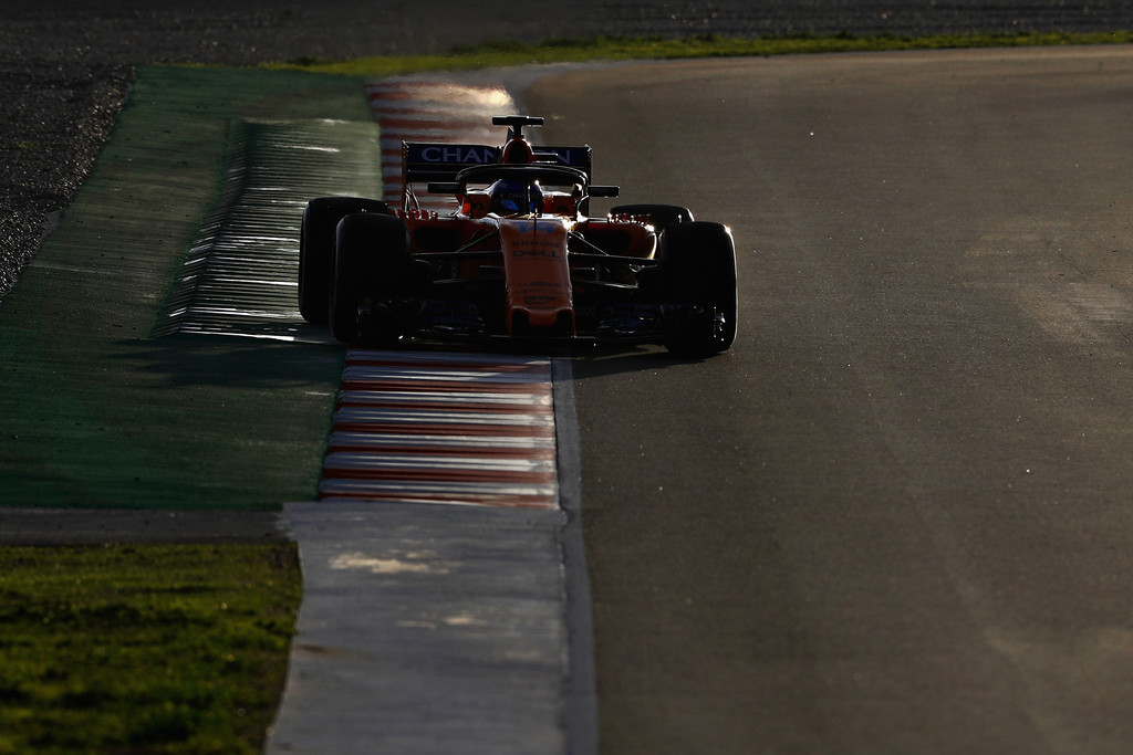 [Imagen: F1+Winter+Testing+Barcelona+Day+Four+8vzeIzPiDAWx.jpg]