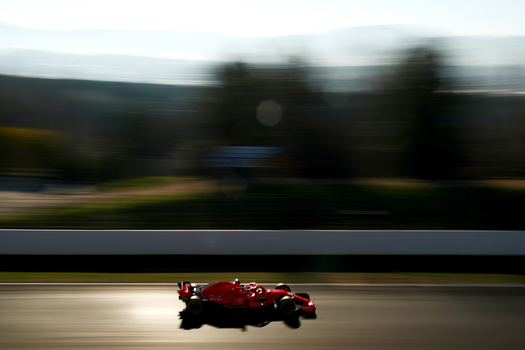 [Imagen: F1+Winter+Testing+Barcelona+Day+Four+_N83lFVtZ3dx.jpg]