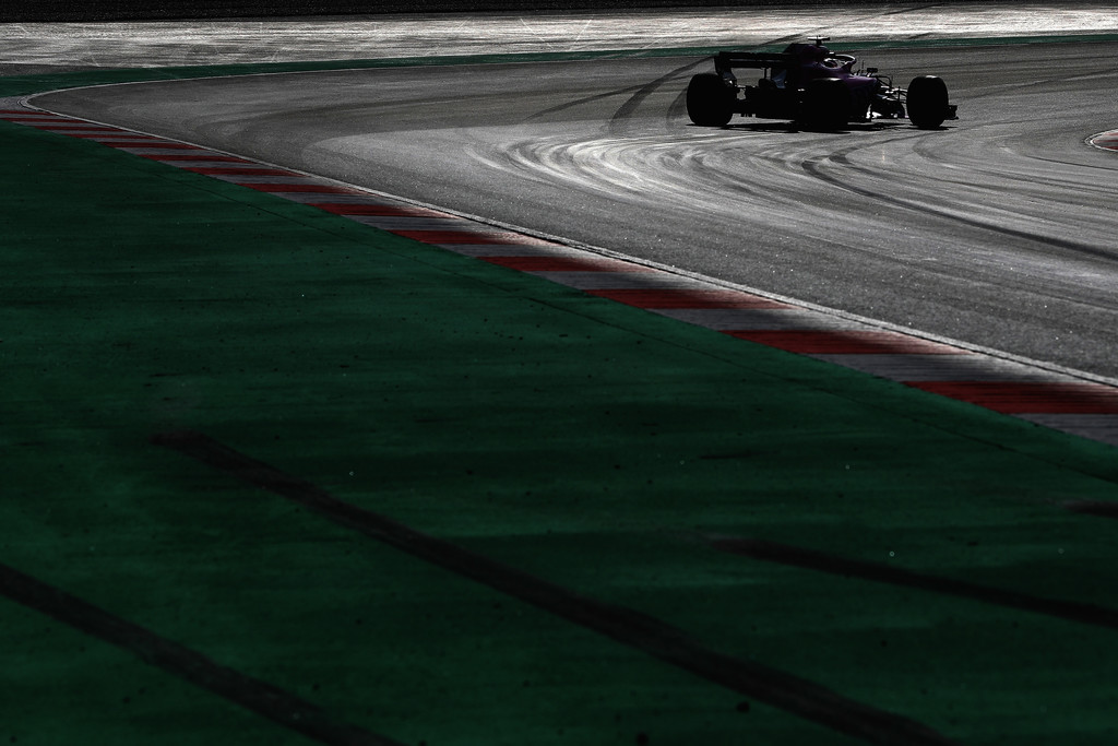 [Imagen: F1+Winter+Testing+Barcelona+Day+Four+xFg8TSmiDZOx.jpg]