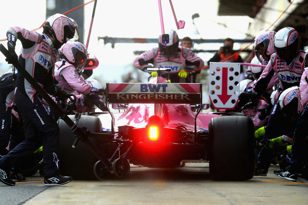 [Imagen: F1+Winter+Testing+Barcelona+Day+Three+WEgdfjCo7ybx.jpg]