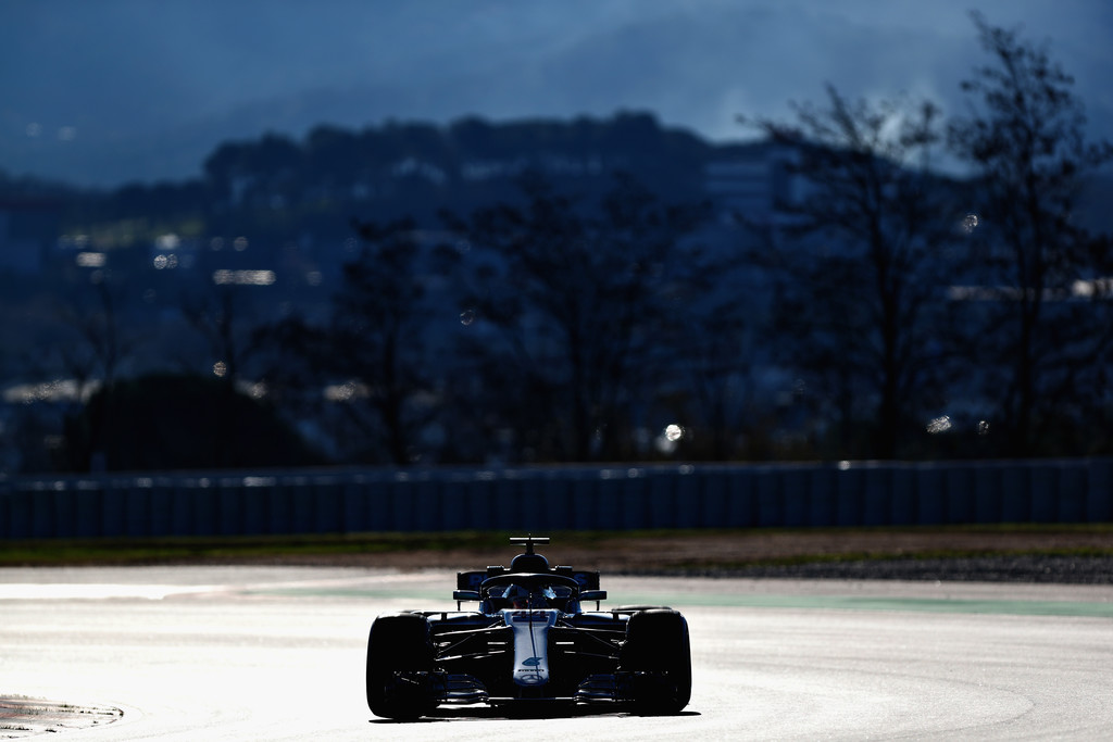 [Imagen: F1+Winter+Testing+Barcelona+Day+Two+ZkyzMd_W310x.jpg]