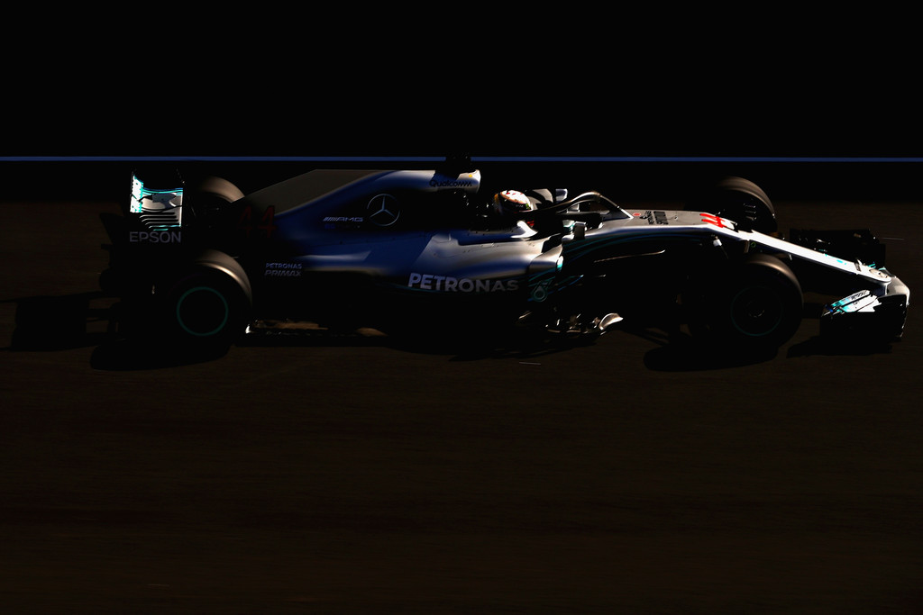[Imagen: F1+Winter+Testing+Barcelona+Day+Two+uJKjpx6-D22x.jpg]