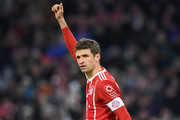 Bayern Munich's striker Thomas Mueller gestures during the German first division Bundesliga football match between FC Bayern Munich and FC Cologne on December 13, 2017 in Munich. / AFP PHOTO / Christof STACHE / RESTRICTIONS: DURING MATCH TIME: DFL RULES TO LIMIT THE ONLINE USAGE TO 15 PICTURES PER MATCH AND FORBID IMAGE SEQUENCES TO SIMULATE VIDEO. == RESTRICTED TO EDITORIAL USE == FOR FURTHER QUERIES PLEASE CONTACT DFL DIRECTLY AT + 49 69 650050.