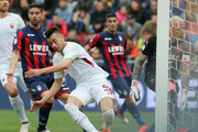 Stephan El Shaarawy of Roma scores his team's opening goal during the serie A match between FC Crotone and AS Roma at Stadio Comunale Ezio Scida on March 18, 2018 in Crotone, Italy.