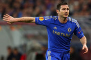 Frank Lampard of Chelsea gives instructions during the UEFA Europa League Round of 16 match between FC Steaua Bucuresti and Chelsea at the National Arena on March 7, 2013 in Bucharest, Romania.