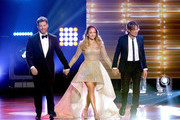 "(L-R) Recording artists Harry Connick, Jr., Jennifer Lopez and Keith Urban enter onstage during FOX's ""American Idol"" Finale For The Farewell Season at Dolby Theatre on April 7, 2016 in Hollywood, California. at Dolby Theatre on April 7, 2016 in Hollywood, California."